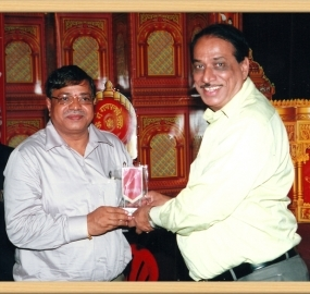 RAVINDRA-AWATI-DIRECTOR-OF-JAGTIK-MARATHICHAMBER-OF-COMMERCE-AND-INDUSTRIES